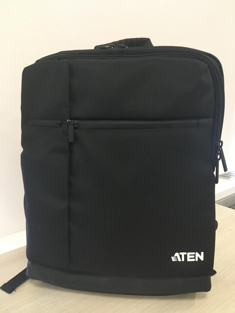 Акция Док-станция ATEN UH3234 + Стильный рюкзак в подарок
